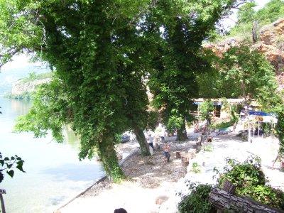 Lakeside_bar.jpg
