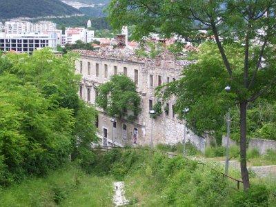 Old_Building_Sarajevo.jpg