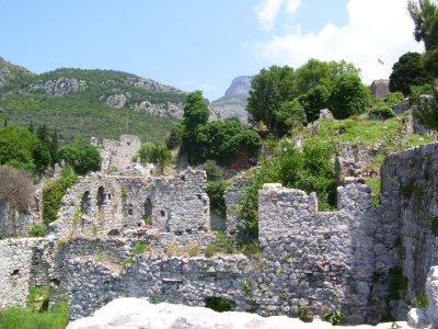 Ruins_of_o..tenegro.jpg