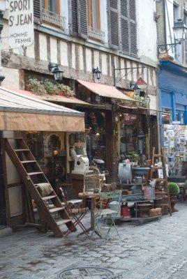 Shop_in_Troyes.jpg