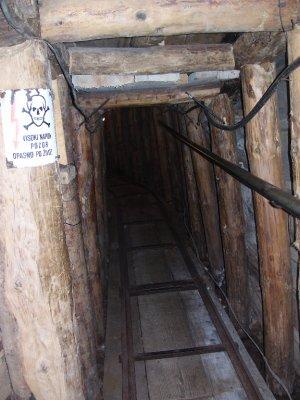 The_tunnel__Sarajevo.jpg