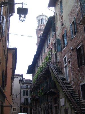 street_in_Verona.jpg