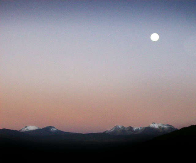 andes sunrise full moon