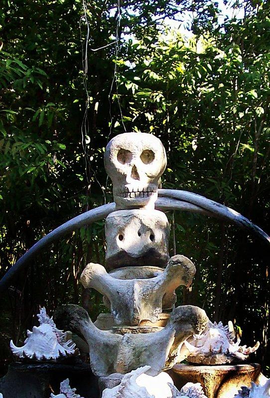 koh lipe skull temple