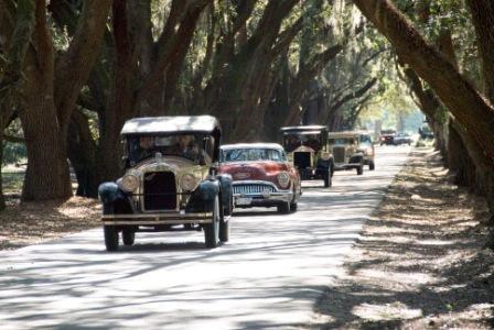 2006 Parade of Elegance Under South Carolina's Grand Oaks