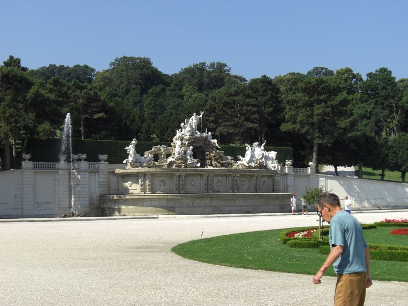 Neptune Fountain Schonbrunn Palace