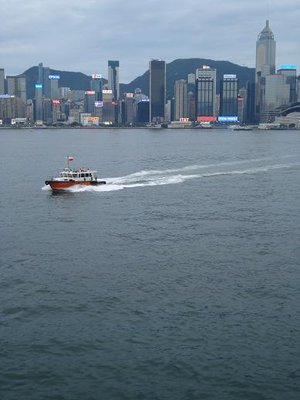 HK_skyline_boat.jpg