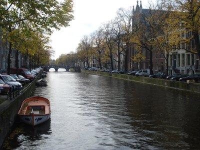 amsterdam_canal1.jpg