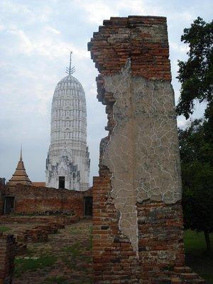ayuthaya_temple1.jpg
