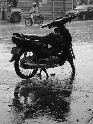 cambod_bike1.jpg