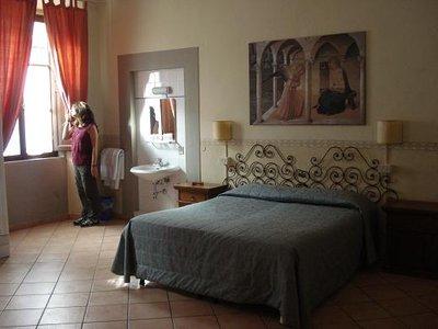 florence_hotel.jpg