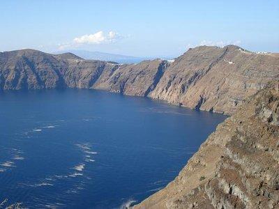 greece1_sant_volcano.jpg