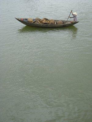 hoian1rowboat.jpg