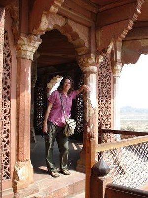 india_lynettedoor.jpg