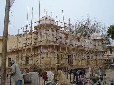 india_scaffolding.jpg