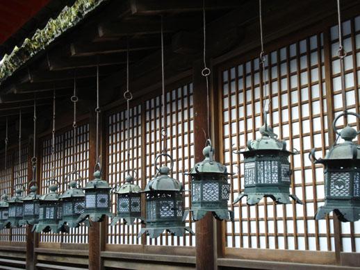 japan_metallanterns