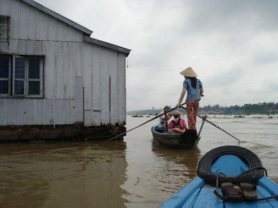 mekong10rowboats.jpg