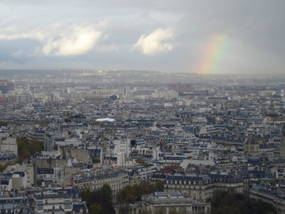 paris_eiffel_rainbow.jpg