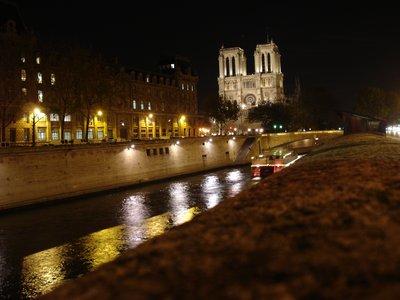 paris_ntrdame_night.jpg