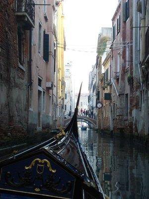 venice2_gondola1.jpg
