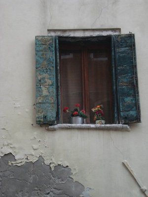 venice_window.jpg