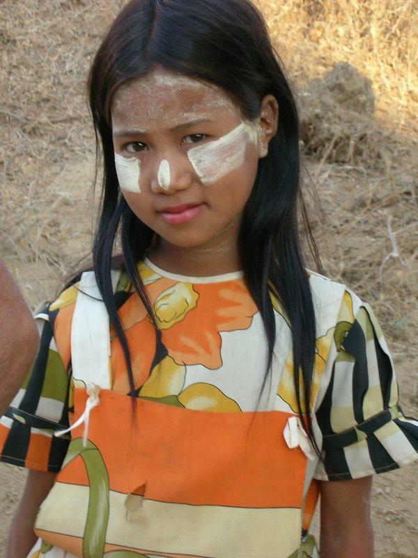thanaka girl