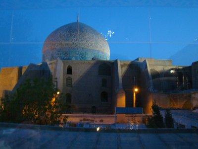 Loftollah Mosque