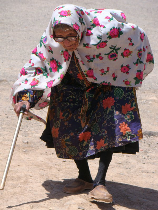 Old lady from Abyaneh