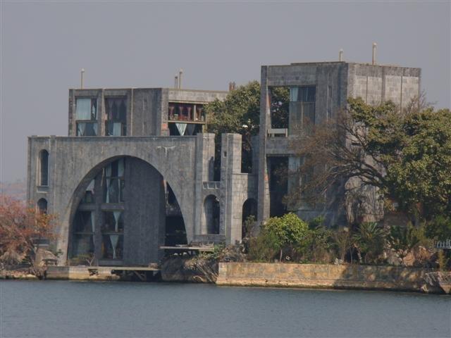 Zhang Qi house