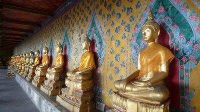 buddha_row.jpg