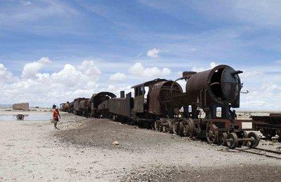 train_graveyard.jpg