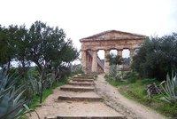 Segesta Doric temple