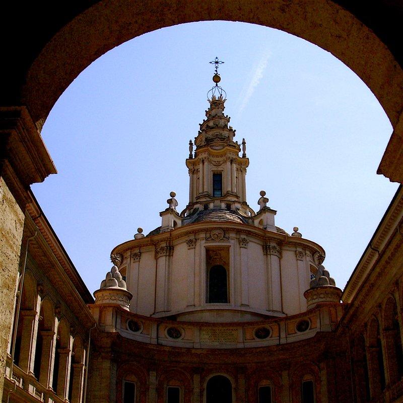 St. Ivo, Roma, Italia