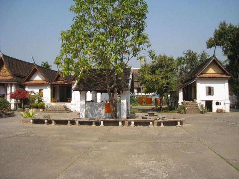 large_4Laos_Luang..24x768_.jpg