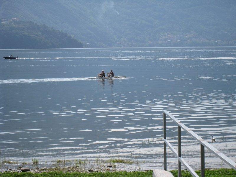 large_Donga_lake..80x768_1.jpg
