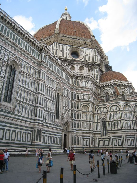 large_Florence_D..80x768_3.jpg
