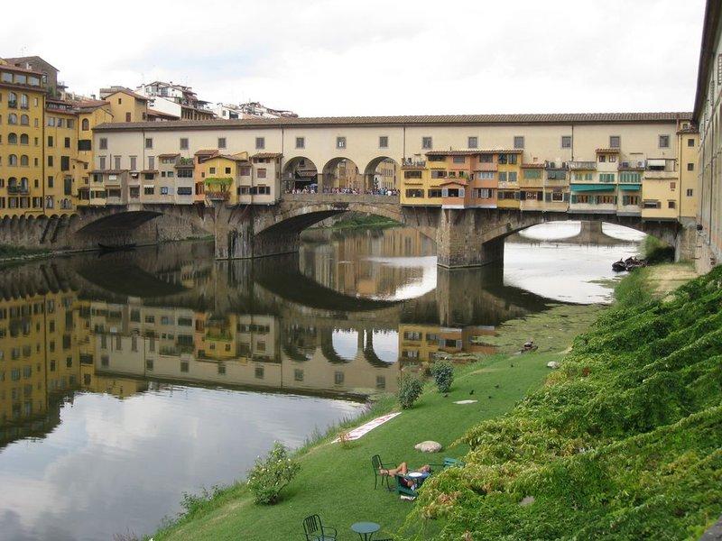 large_Florence_P..80x768_.jpg