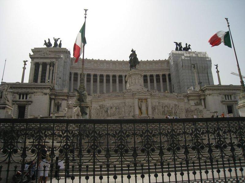 large_Rome_Main_..80x768_1.jpg