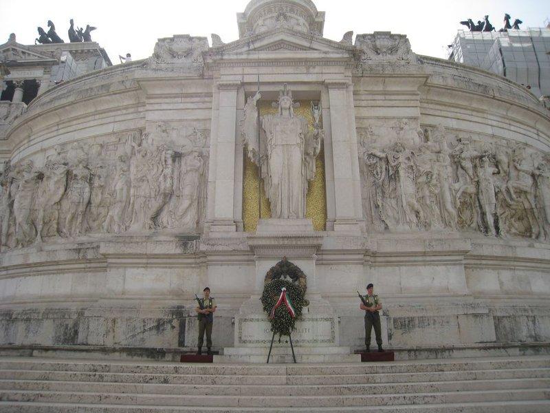 large_Rome_main_..80x768_2.jpg