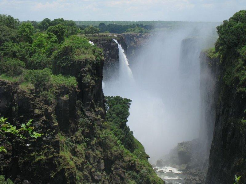 large_Zimbabwe_V..24x768_.jpg