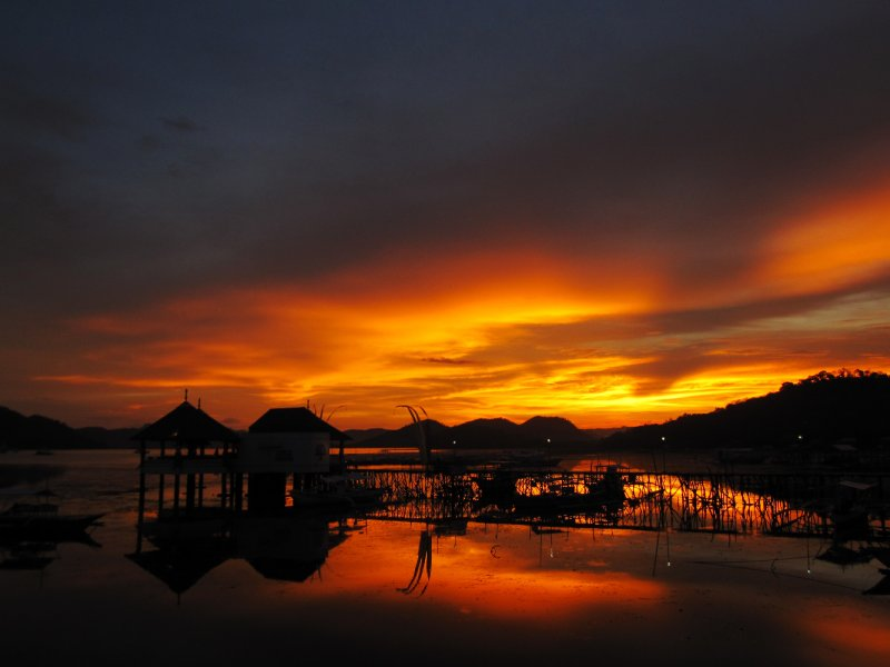 Sonnenuntergang in Coron Bay