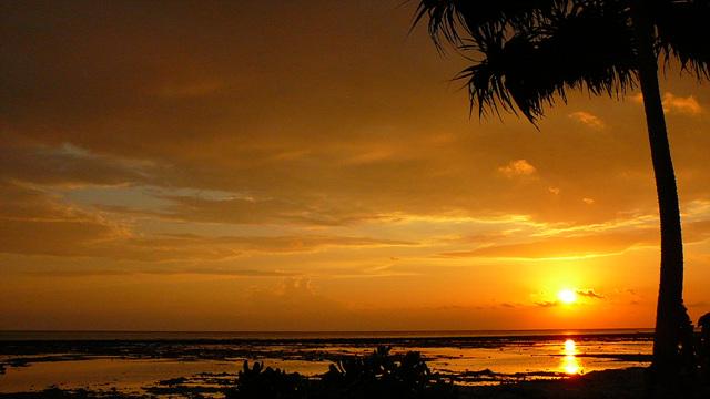 8. Gili sunset