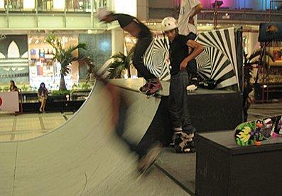 Scateboarding_lr.jpg