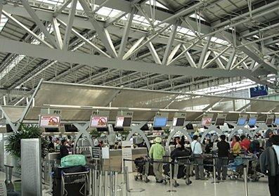SuarnabhumiAirport_lr.jpg