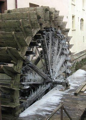 frozenwheel.jpg