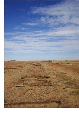 outbackWuesteSchienen.jpg