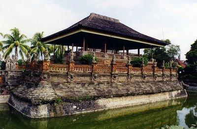 floating_palace.jpg
