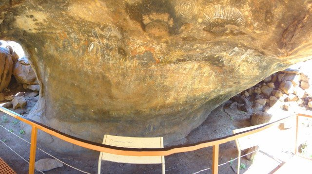 Ayers Rock Cave