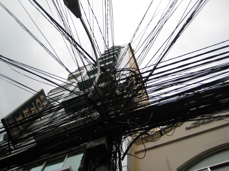 IMG_3587_Ho Chi Minh_city wires