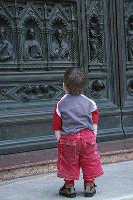 Young Appreciation of Firenze Duomo